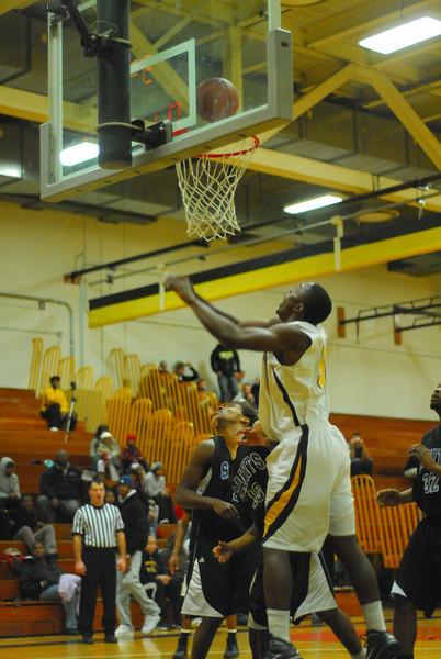 20100128_MCC Basketball_0135