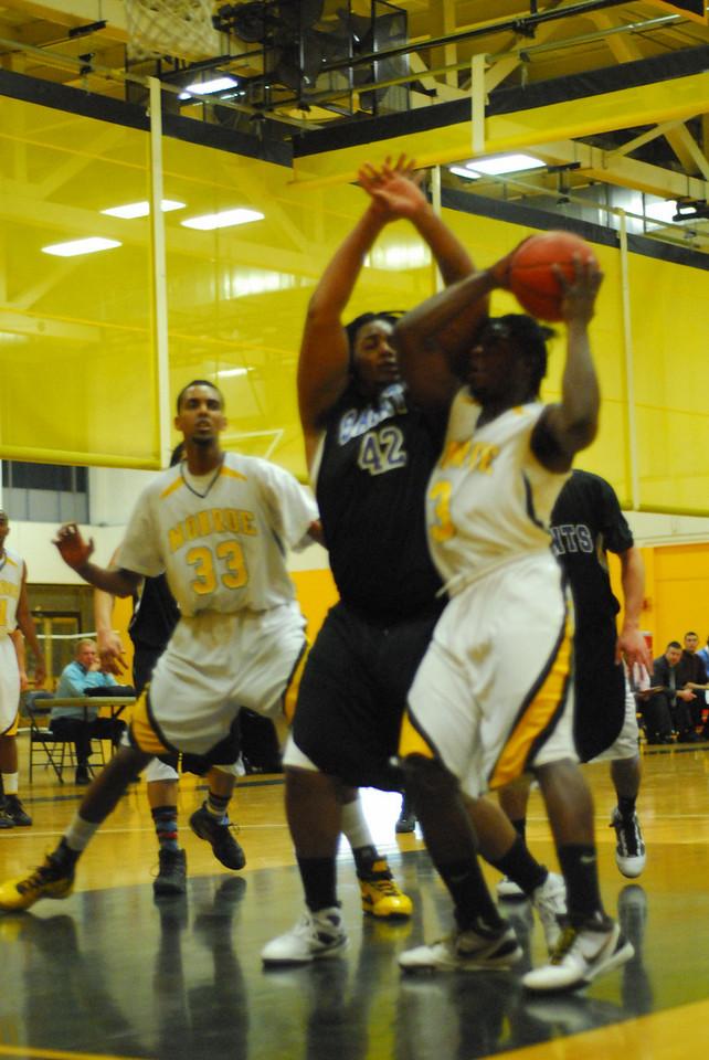 20100128_MCC Basketball_9976