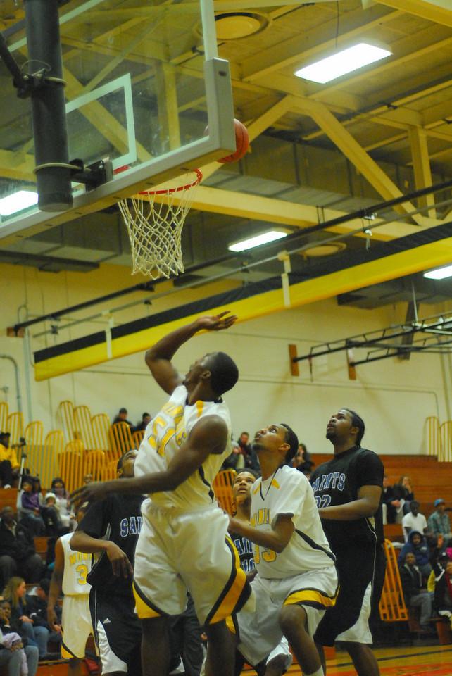 20100128_MCC Basketball_0071