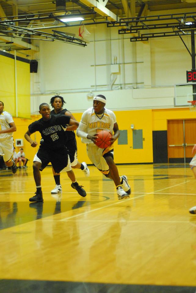 20100128_MCC Basketball_0003