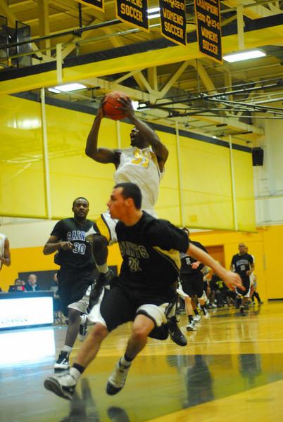 20100128_MCC Basketball_0019