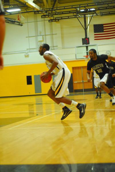 20100128_MCC Basketball_0024