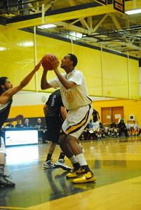 20100128_MCC Basketball_9958