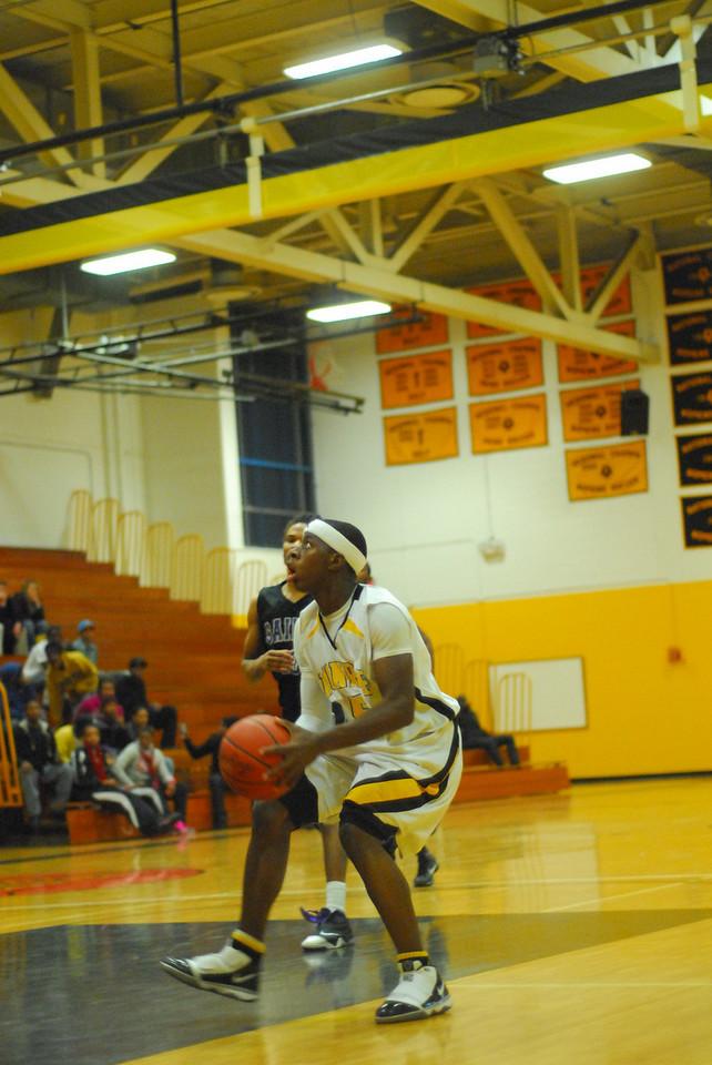 20100128_MCC Basketball_0137