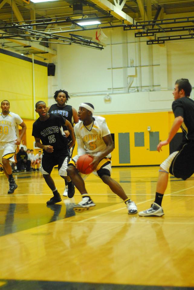 20100128_MCC Basketball_0004