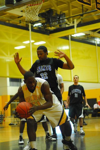 20100128_MCC Basketball_0014