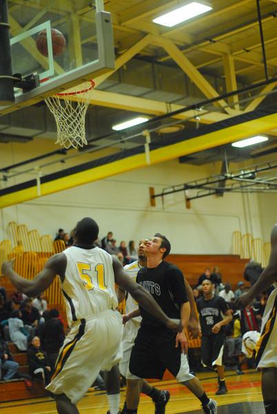 20100128_MCC Basketball_0046