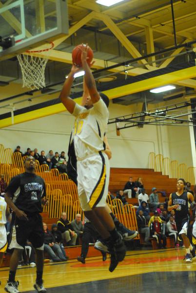 20100128_MCC Basketball_0067