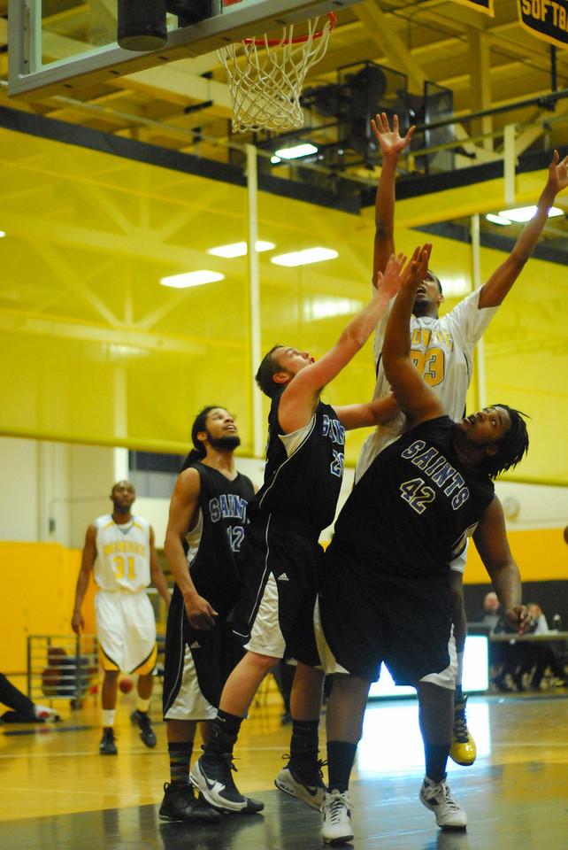 20100128_MCC Basketball_9980