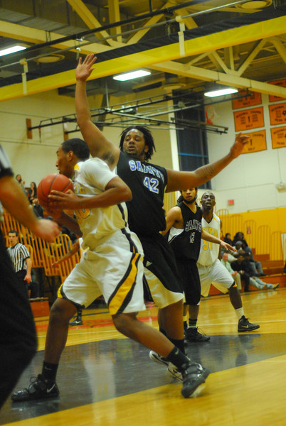 20100128_MCC Basketball_0049