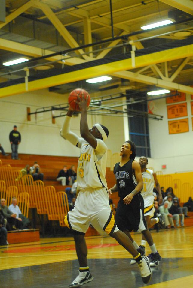 20100128_MCC Basketball_0138