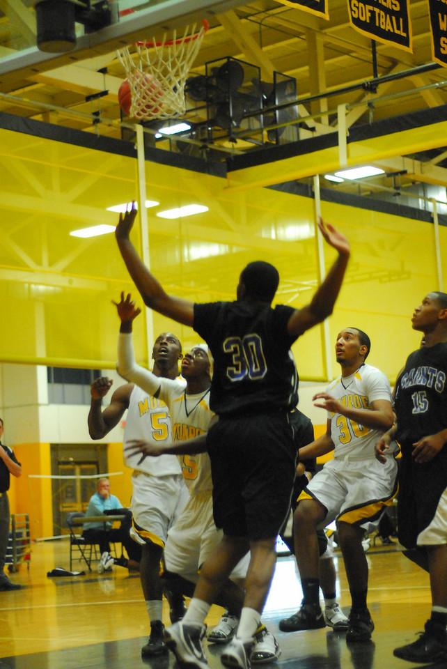 20100128_MCC Basketball_0009