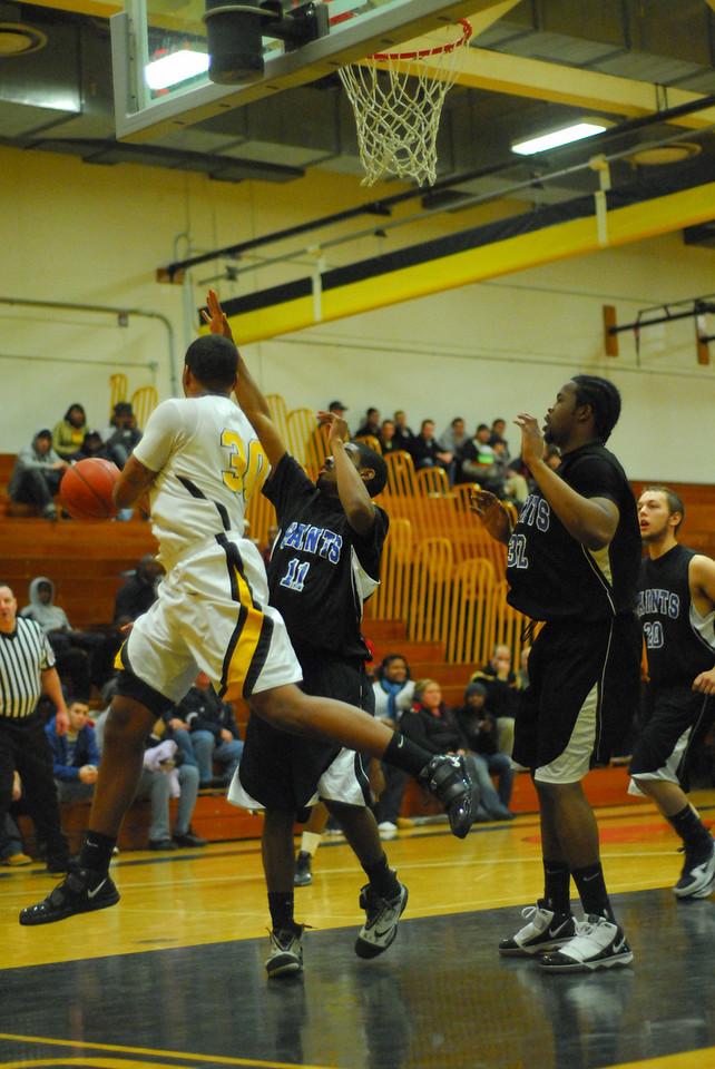 20100128_MCC Basketball_0056