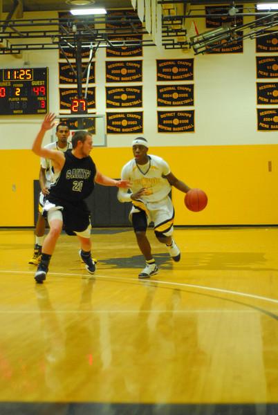20100128_MCC Basketball_0078