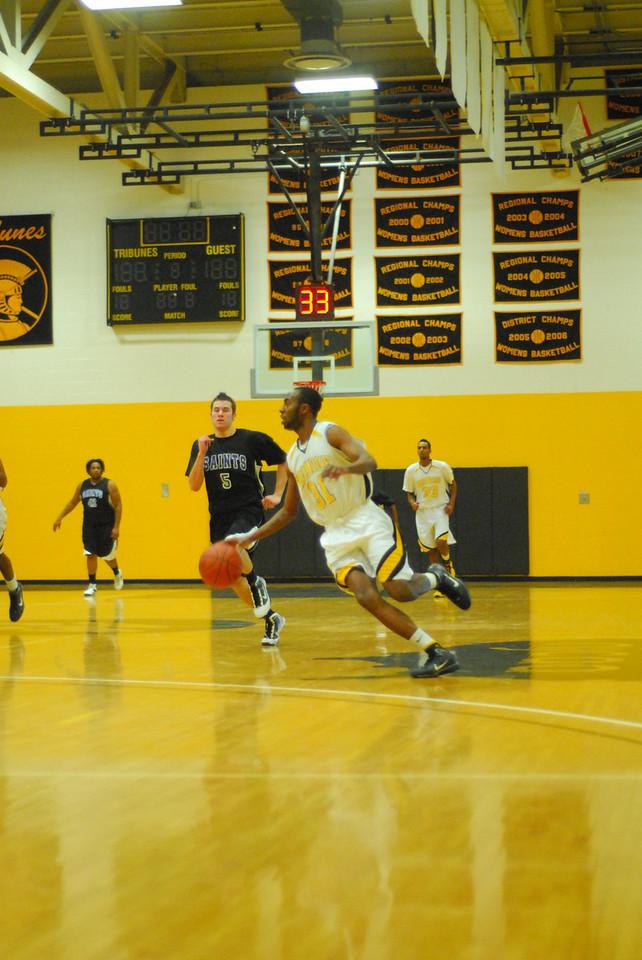 20100128_MCC Basketball_0086