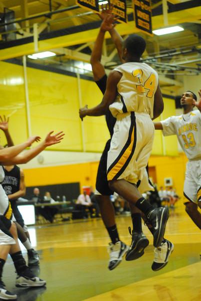 20100128_MCC Basketball_9964