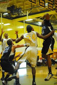 20100128_MCC Basketball_9965