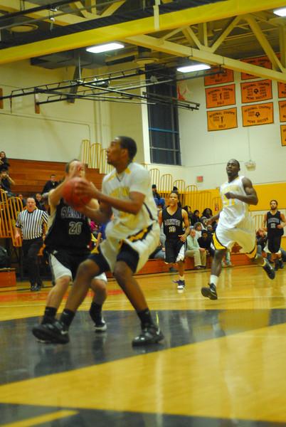 20100128_MCC Basketball_0065