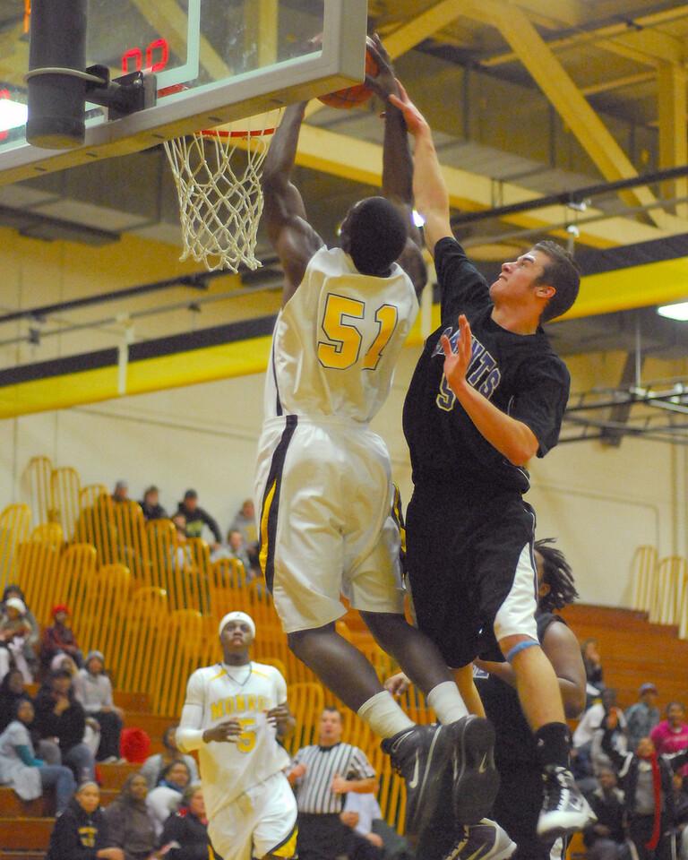 20100128_MCC Basketball_0129a