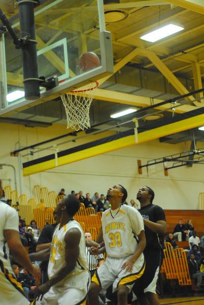 20100128_MCC Basketball_0072