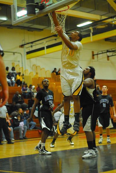 20100128_MCC Basketball_0037