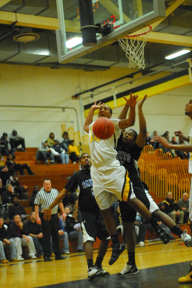 20100128_MCC Basketball_0064