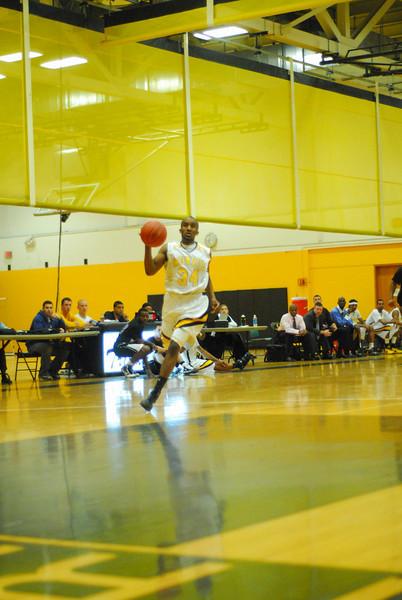 20100128_MCC Basketball_9993