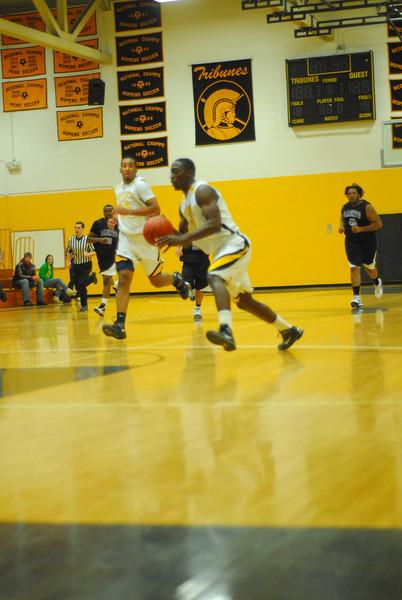 20100128_MCC Basketball_0038
