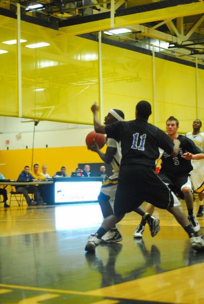 20100128_MCC Basketball_9984