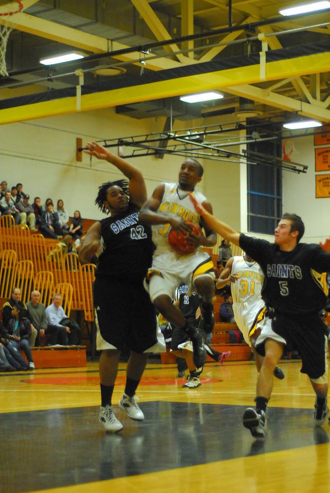20100128_MCC Basketball_0082
