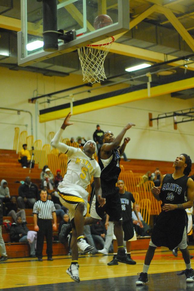 20100128_MCC Basketball_0134