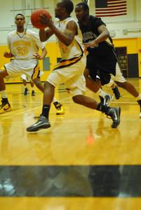 20100128_MCC Basketball_9962