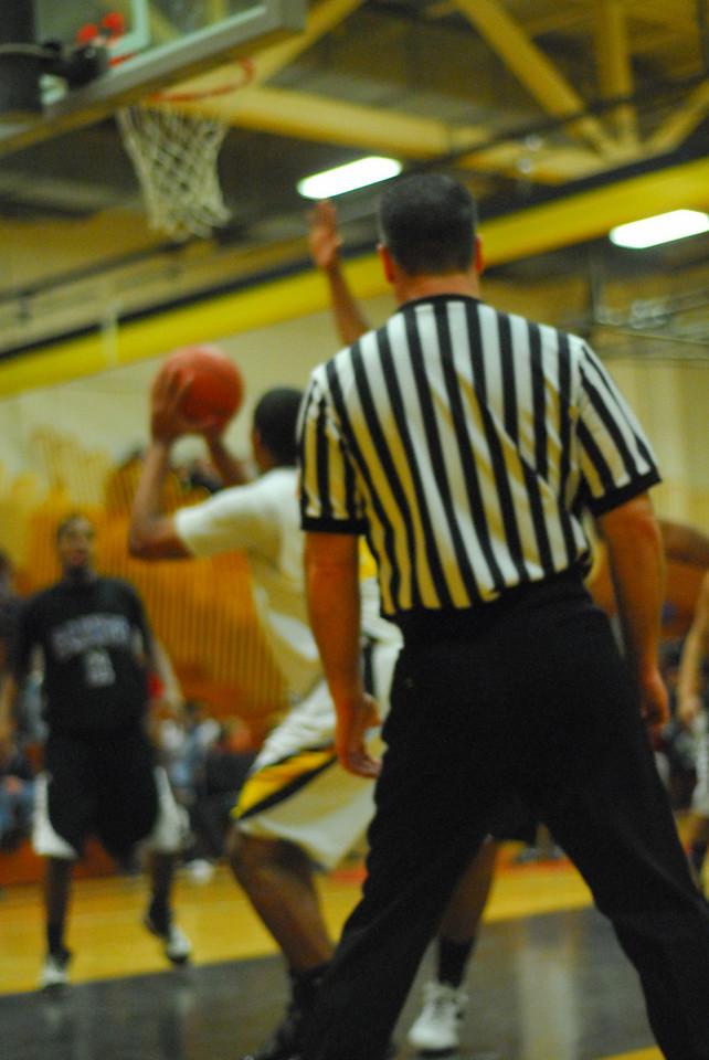 20100128_MCC Basketball_0051