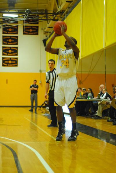 20100128_MCC Basketball_0108