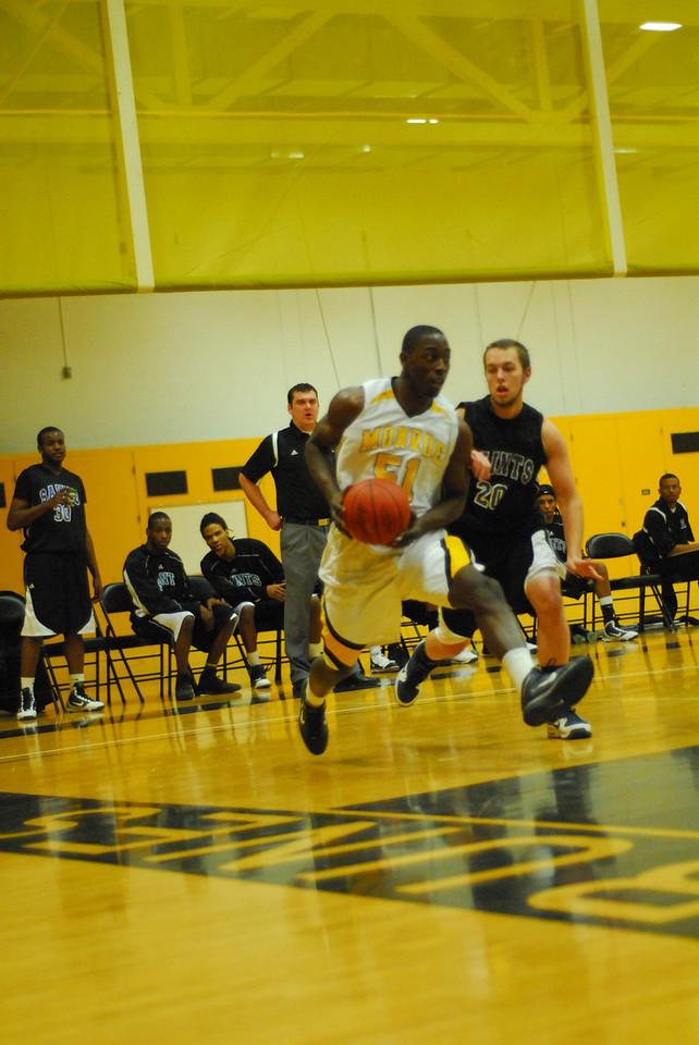 20100128_MCC Basketball_9970