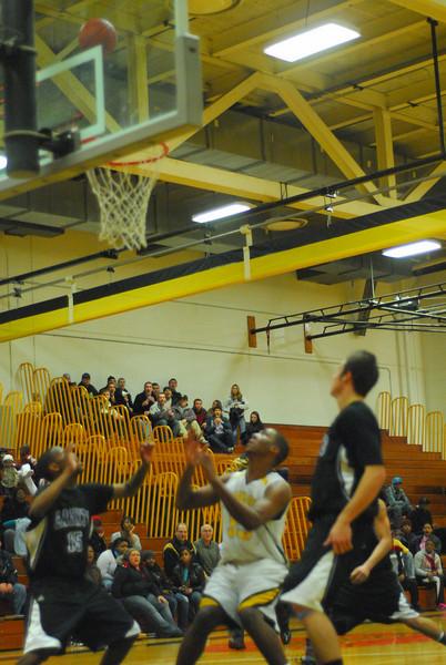 20100128_MCC Basketball_0096