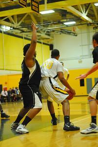20100128_MCC Basketball_9959