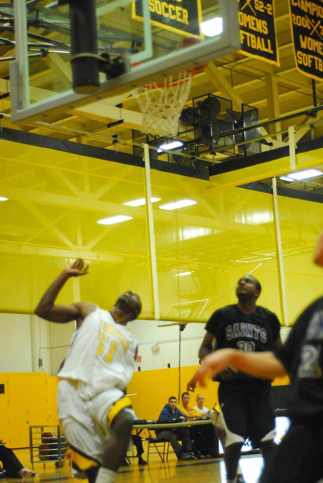 20100128_MCC Basketball_0020