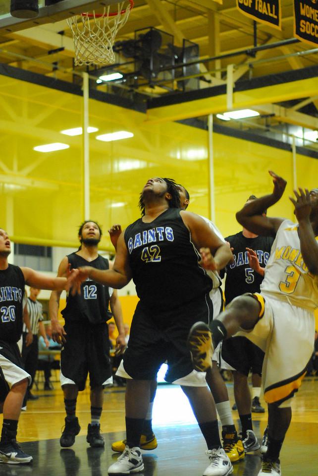 20100128_MCC Basketball_9979