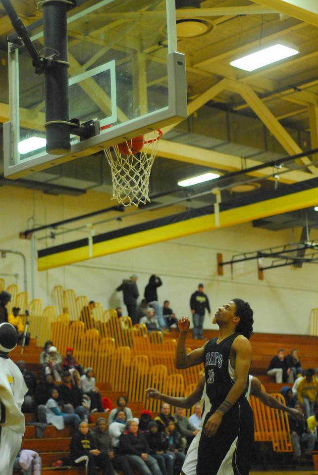 20100128_MCC Basketball_0142