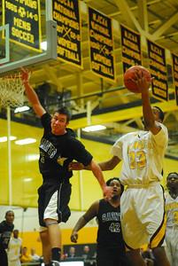 20100128_MCC Basketball_9951