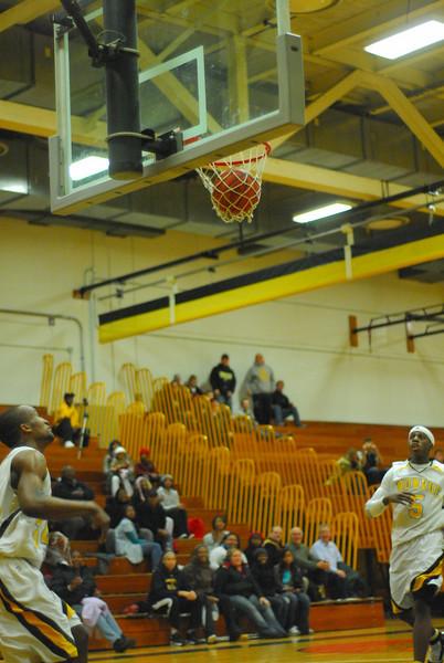 20100128_MCC Basketball_0127