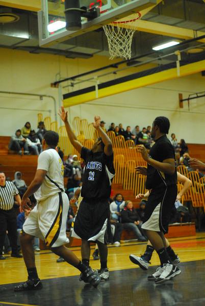 20100128_MCC Basketball_0057