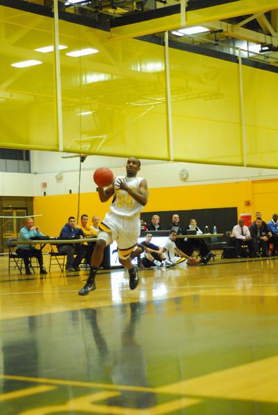 20100128_MCC Basketball_9994