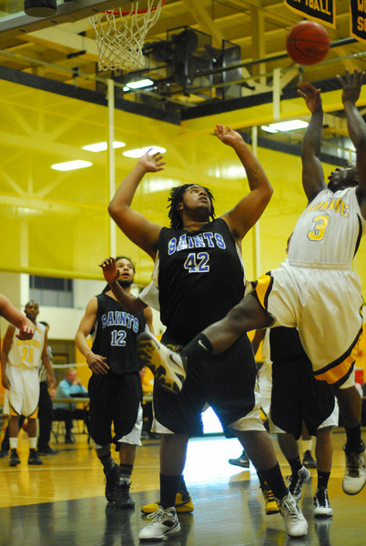 20100128_MCC Basketball_9978