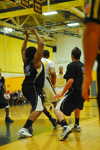 20100128_MCC Basketball_9960