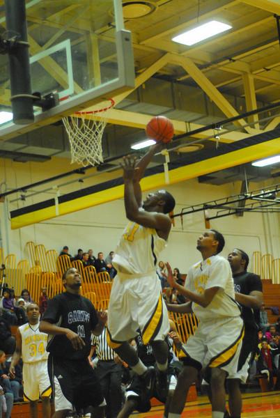 20100128_MCC Basketball_0070