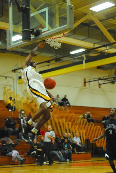 20100128_MCC Basketball_0118