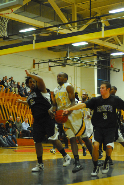 20100128_MCC Basketball_0083