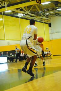 20100128_MCC Basketball_9943